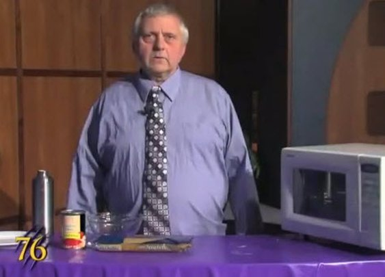 Most Pathetic Cooking Show EVER » FatGuyEats.com