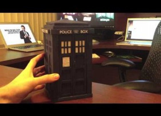 "For ""Doctor Who"" Fans - The Augmented Reality TARDIS: It's Bigger On The Inside"