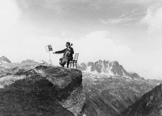 French photographer Robert Doisneau — Yeeeeee
