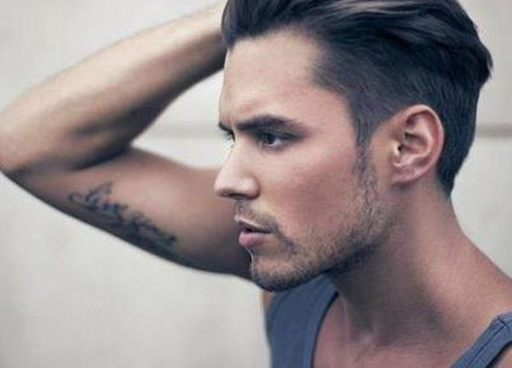 Undercut Comeback - Uomo Modern Barber - Victoria Barber