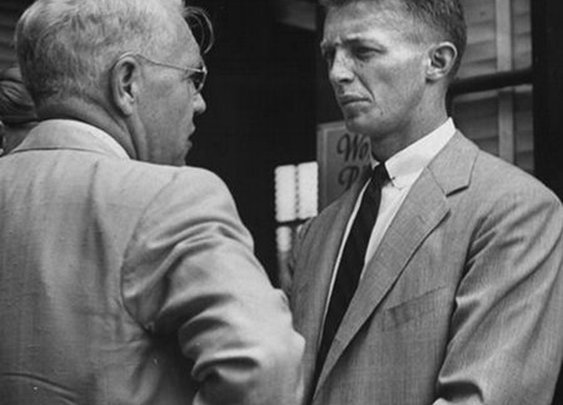How to End a Conversation Like a Man | The Art of Manliness