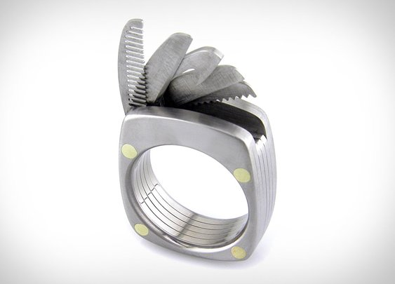 Titanium Utility Ring | Uncrate with mustache comb