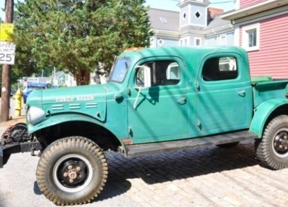 1946 Dodge Power WagonCrew-Cab | Moldy Chum