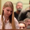 15 year old girl leaves anti-gun politicians speechless - YouTube