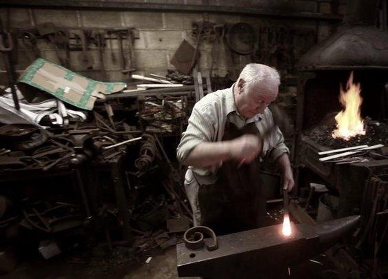 Britain's Longest-serving Blacksmith on Vimeo