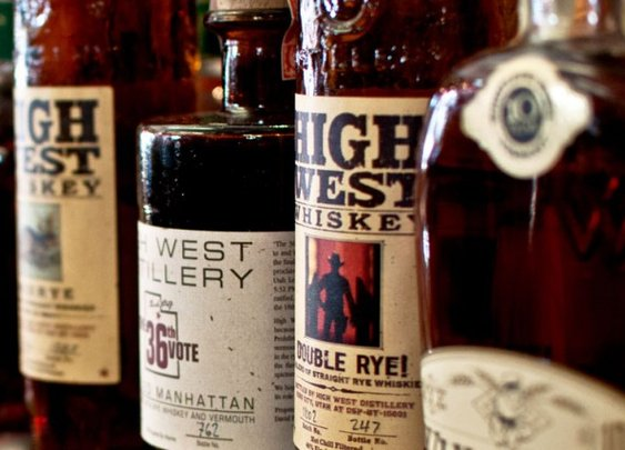 Whiskey 101: A Primer for Beginners & Experts Alike | Brit + Co.