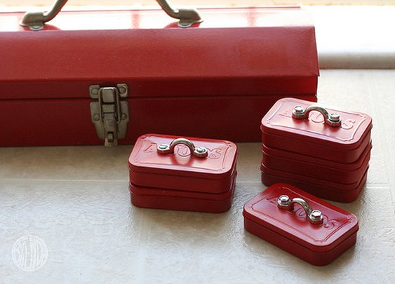 Smallest Toolbox Ever made from Altoids Tin! | Alphamom