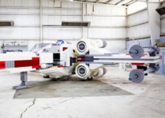 This 23-Ton, 5.3-Million Brick X-Wing Is the Biggest Lego Model Ever