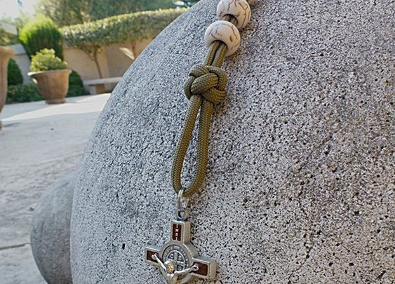 Military Paracord Rosary with Ivory Beads   CordBands