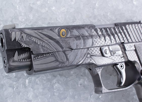 Sig Barracuda Engraved by Hanns Dösel