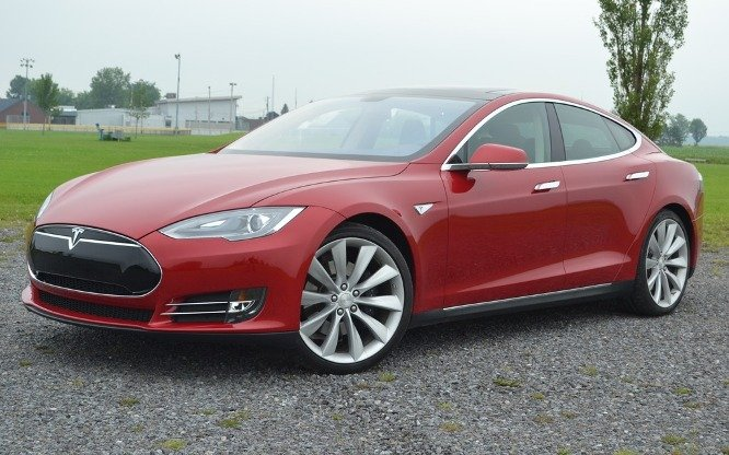 2013 tesla s model road test review specs price release the electric car without compromise. Black Bedroom Furniture Sets. Home Design Ideas