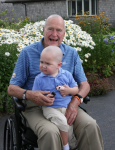 Bush 41 shaves his head to support a 2-year-old with leukemia - Houston Chronicle