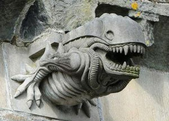 Xenomorph Discovered Guarding 13th Century Abbey [Pic]   Geeks are Sexy Technology News