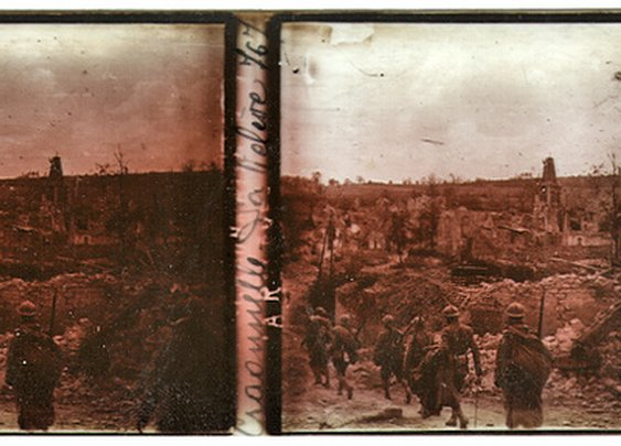 World Of Mysteries: Rare 3D Camera Found Containing Photos from WWI