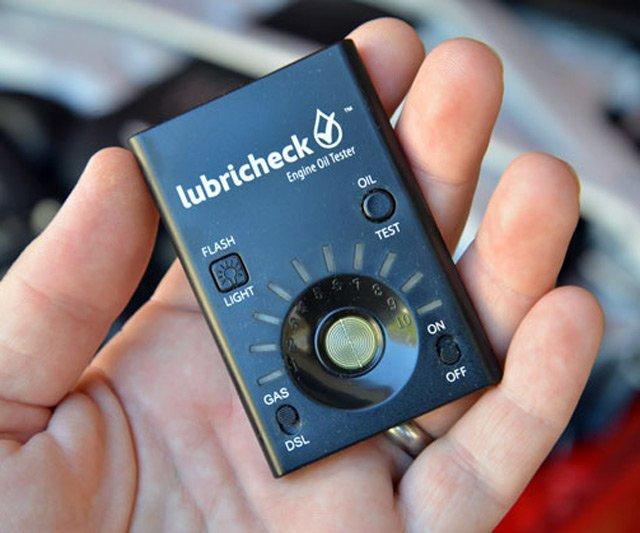 Lubricheck Engine Oil Tester & Analyzer | DudeIWantThat.com