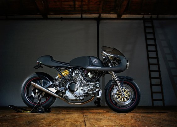 "Walt Siegl Motorcycles: Leggero Nbr. 5/12 Grey ""Zia"" | Essential Moto | Motorcycle news & reviews"