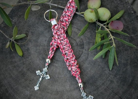 Paracord Lanyards from www.CordBands.com