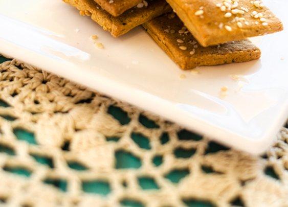 Quinoa Chickpea Crackers - Cooking Quinoa