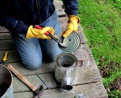 Make a hobo tin-can portable rocket stove