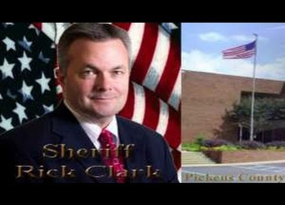 South Carolina Sheriff Refuses Presidential Order to Lower Flag for Mandela!! - YouTube