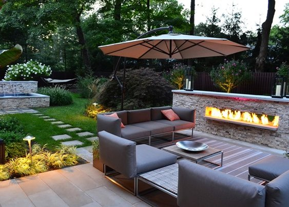 9 Cozy Backyard Outdoor Living Spaces