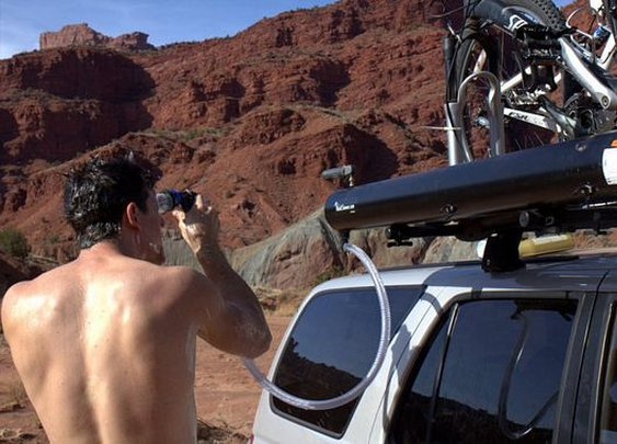 Road Shower Mounts On Roof Racks, Delivers Hot Water