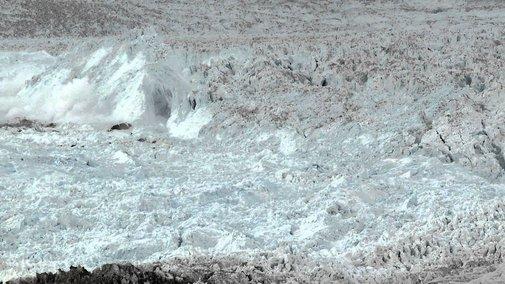 Largest glacier calving ever filmed (VIDEO)