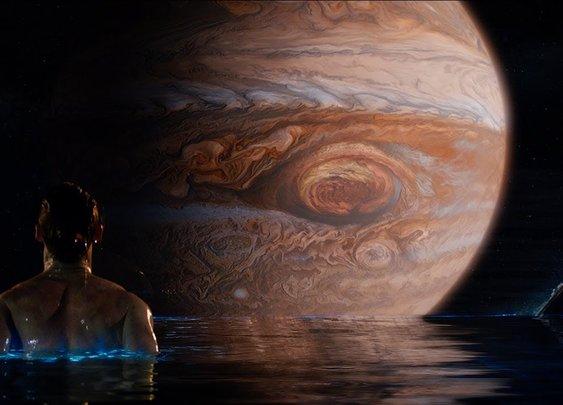 Jupiter Ascending - Official Trailer 2 [HD] - YouTube