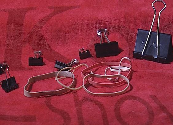 Watch Simple binder clip tricks @ Komando Video