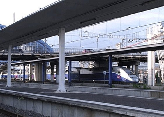 A French Railway Company Ordered Hundreds Of Trains That Are Too Big