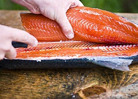 How to Fillet a Fish - MensJournal.com