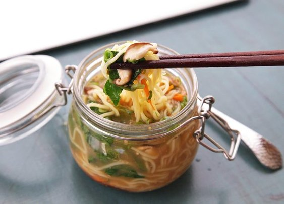 The Food Lab: Make Your Own Just-Add-Hot-Water Instant Noodles (and Make Your Coworkers Jealous) | Serious Eats