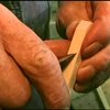 How to Make a Pair of Functional Pliers From a Solid Block of Wood in Ten Cuts