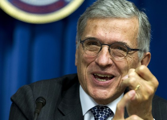 FCC chief proposes tough open Internet rules