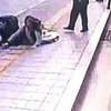 BBC News - Sinkhole opens up beneath South Korean pedestrians