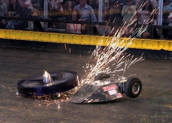 BattleBots Is Back, But Fighting Robots Never Went Away | Make: