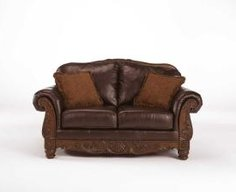 2260335 in by Ashley Furniture in Orange, CA - Loveseat