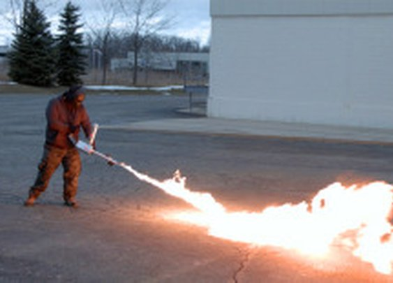 XM42: The World's First Commercially Available HandheldFlamethrower