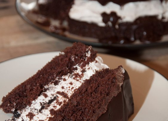 Chocolate Oreo Cheesecake Cake | Chasing Supermom