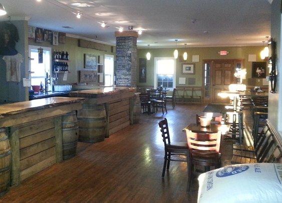 Mad Horse Brewpub - A Lovettsville Surprise! » Loudon County VA Breweries | Distilleries and Cideries