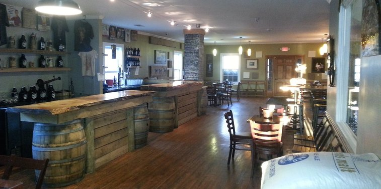 Mad Horse Brewpub - A Lovettsville Surprise! » Loudon County VA Breweries | Distilleries and Cideries