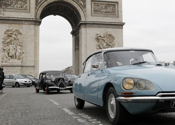 Classic car theme park planned in France