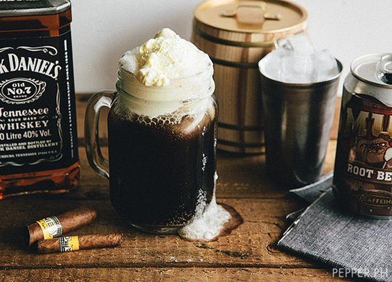 Whiskey Spiked Root Beer Float Recipe | TasteSpotting