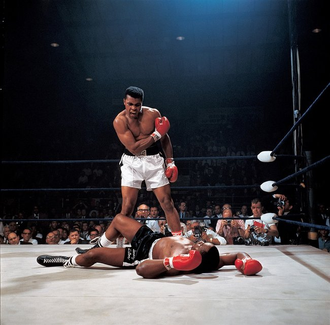 muhammad ali biography Muhammad ali (born cassius clay) was a boxer, philanthropist and social activist who is universally regarded as one of the greatest athletes of the 20th cent.
