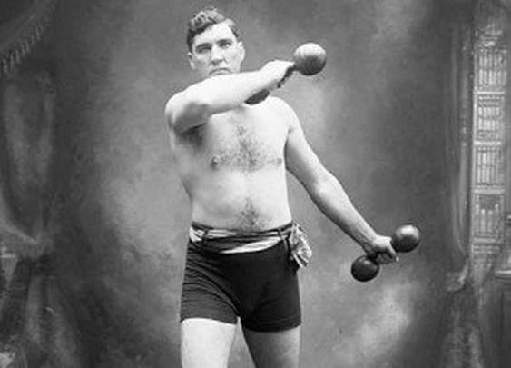 How to Get a Full Workout With Only Dumbbells | The Art of Manliness