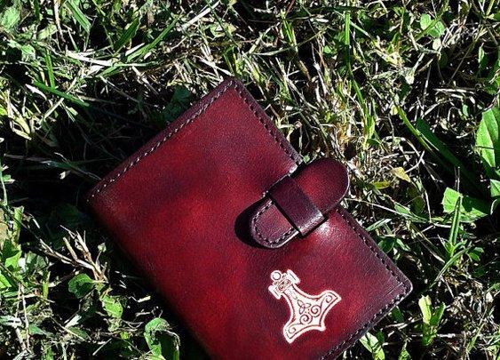 Thor's Hammer Handpainted Credit Card Wallet For 6 Credit Cards - FREE Shipping Worldwide - Viking Mjolnir Norse Mjölnir