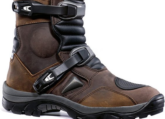 Forma Adventure Boots UK In Stock