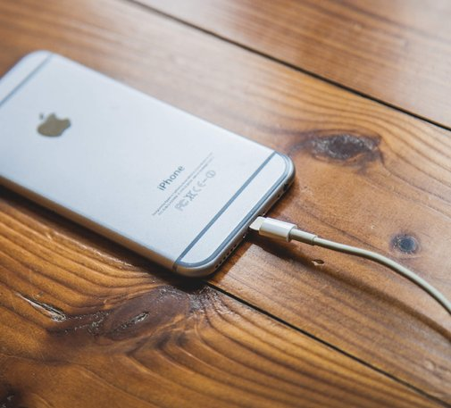How to Make Your iPhone Battery Last Longer - iPhone Charging Tips