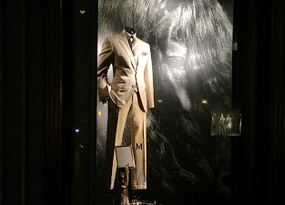 Bergdorf Goodman Hosting Spring Made-To-Measure Event