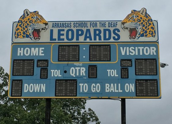 Def Leppard agrees to meet Arkansas' Deaf Leopards at North Little Rock show
